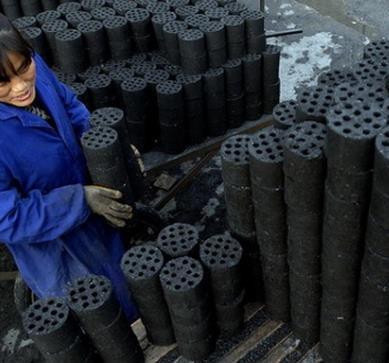 在哪能买到好的蜂窝煤-煤球价格