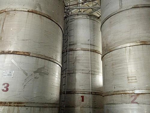 埋地油罐廠家-雄宇容器油罐廠家