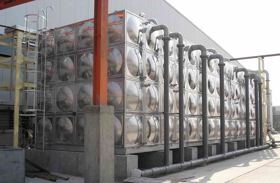 石灘保溫水箱廠家-保溫水箱哪家便宜