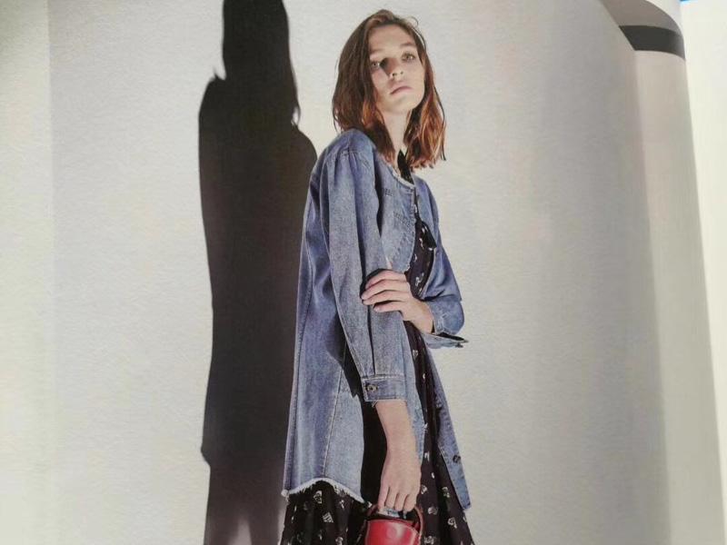 品牌折扣女装供应商-新红顶服饰,专业的品牌折扣女装木茜格供应商