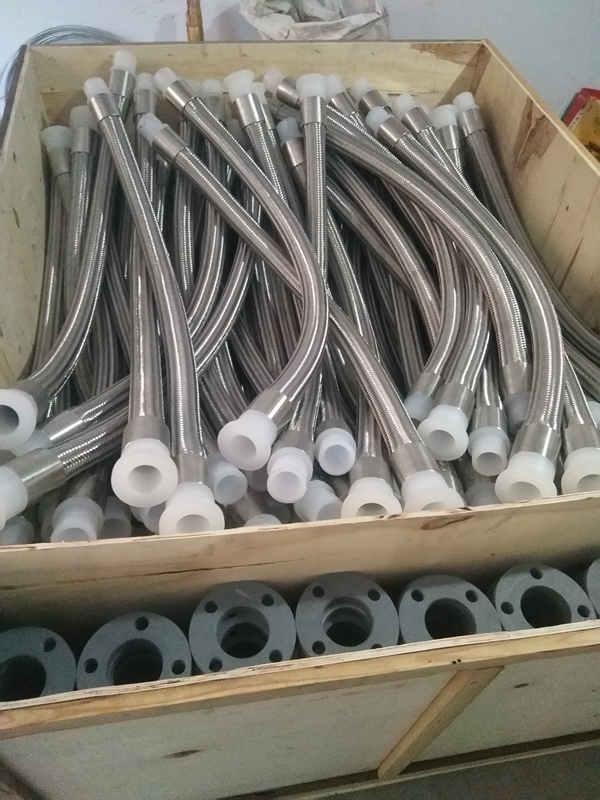 衡水可信赖的不锈钢内衬四氟金属软管供应商宏禄橡塑