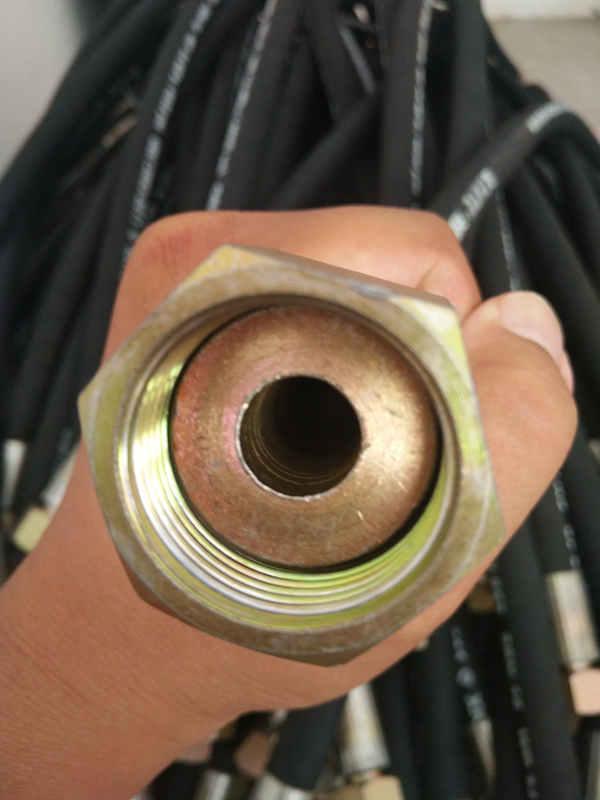 想买优异的高压橡胶管总成,就来宏禄橡塑制品-划算的高压橡胶管总成