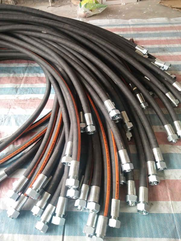 陕西高压橡胶管总成,厂家推荐优质高压橡胶管总成