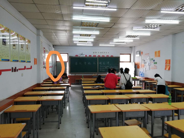中山投影机电子白板厂家电脑一体机黑板教学一站式解决方案