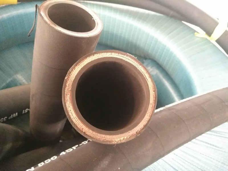 高压缠绕胶管供应商|宏禄橡塑制品供应划算的高压缠绕胶管