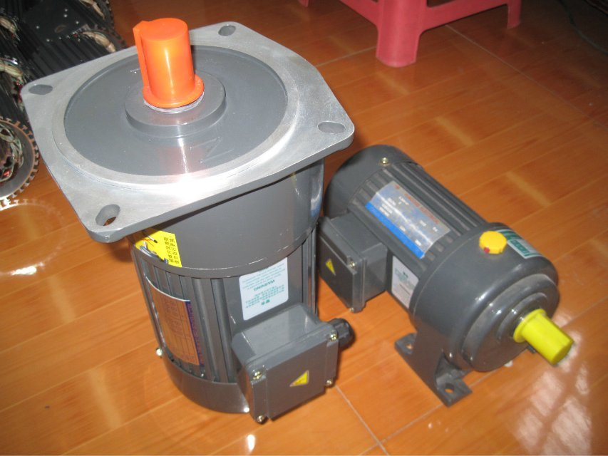 卧式减速电机(结构紧凑 外形美观)