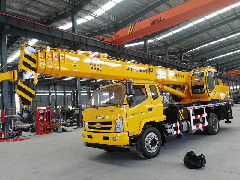 保定6吨吊车-选好的6吨吊车就到远东重工机械制造