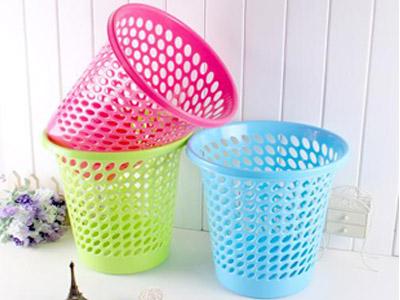 哪里有卖高质量的塑料垃圾桶,回龙观透明门帘订做