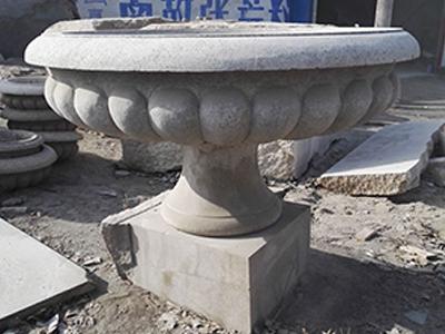 黄锈石欧式人物凉亭 专业的石雕花盆制作