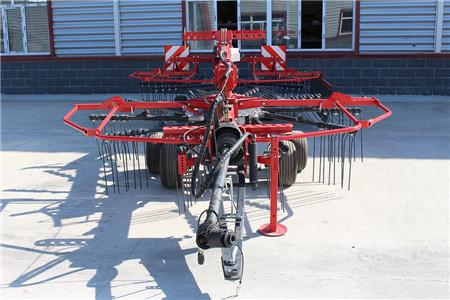 呼伦贝尔瑞丰农牧业质量可靠的水平旋转搂草机出售_河南水平旋转搂草机