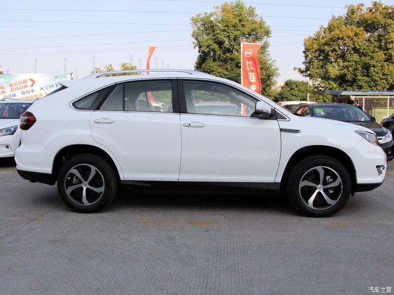 供应有品质的比亚迪2017款S7豪华型七座乘用车SUV 七座车型选择什么好