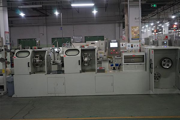 卧式包纸机厂家-庆丰电工包纸机批发