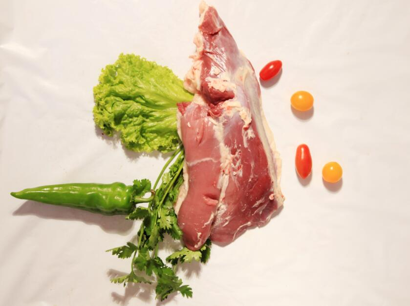 呼伦贝尔蒙源农牧业供应销量好的呼伦贝尔牛羊肉,内蒙古草原羊后腿