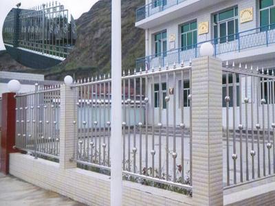 蚌埠不锈钢围栏厂家|价格适中的不锈钢围栏是由金阳朝发门业提供