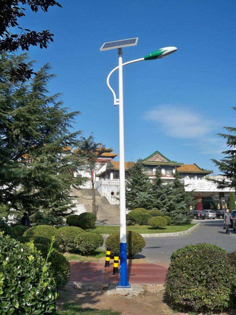 山东太阳能路灯,厂家推荐太阳能路灯要到哪买