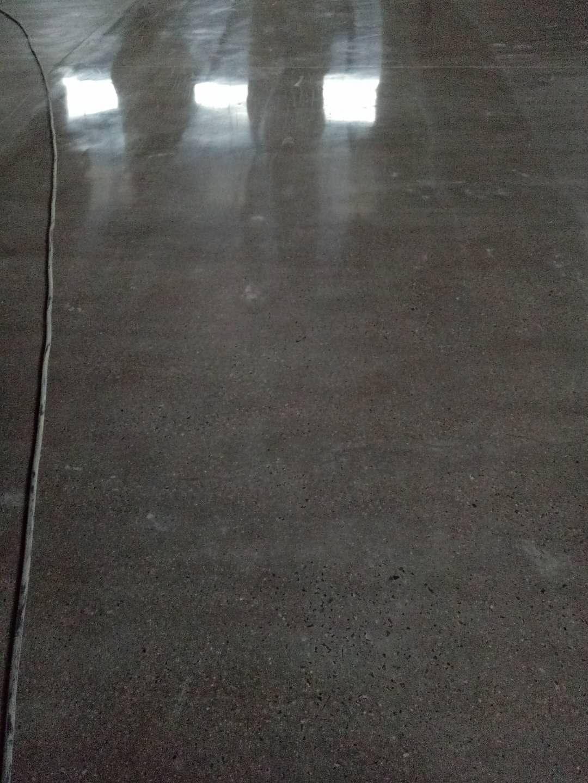 环氧树脂地坪漆哪里有卖——临沂水性环氧树脂地坪