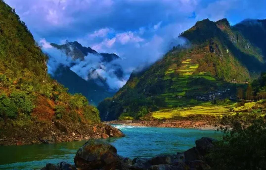想找资深的定制川藏南线的进藏线路,就来囧途户外摄影有限公司 川藏线拉萨