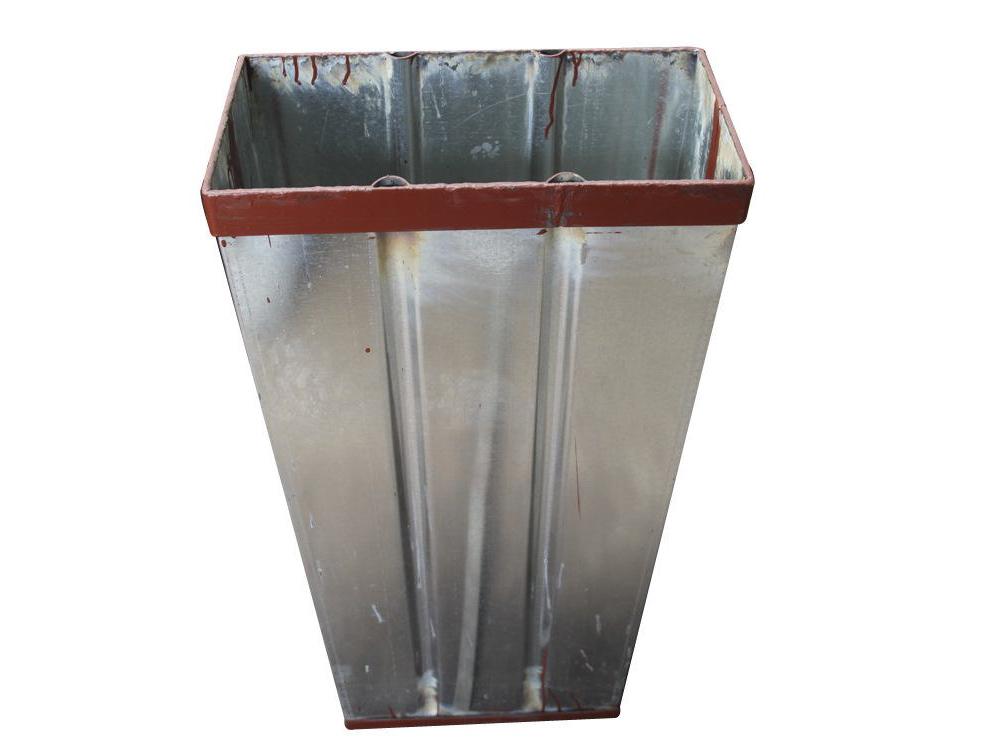 供应滨州冰桶|盐水块冰机冰模
