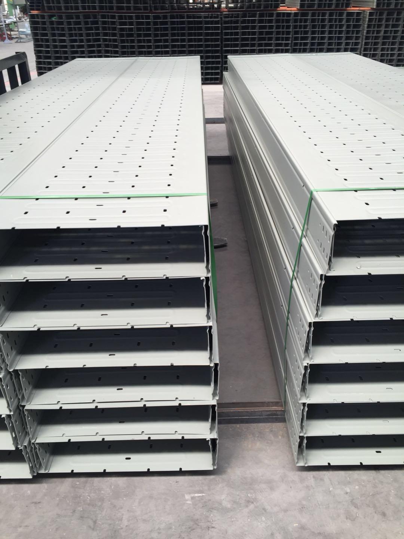 托盘式桥架价格-优良兰州托盘式电缆桥架资讯