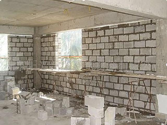 山东自保温砌块生产商-东营价格适中的自保温砌块