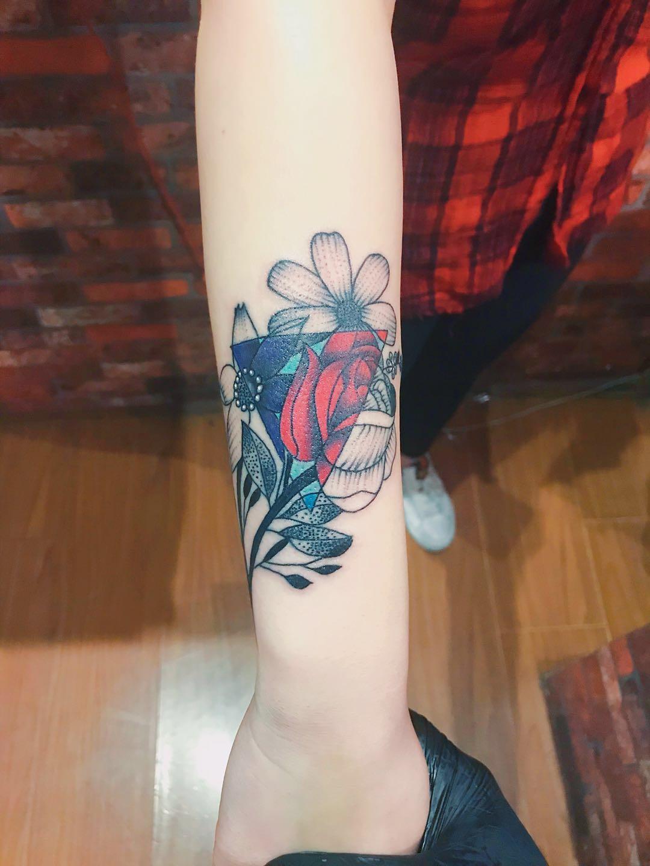 沈阳地区好的纹身_铁西纹身设计学校