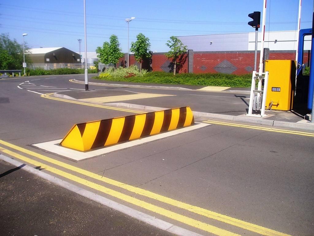 嘉兴路障机厂家,质量好的防撞挡车隔离路障机推荐