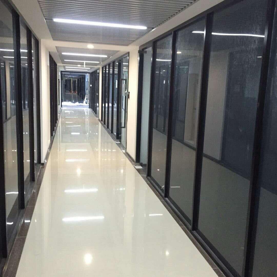 专业的玻璃隔断单玻百叶隔断安装-玻璃隔断设计安装费用如何