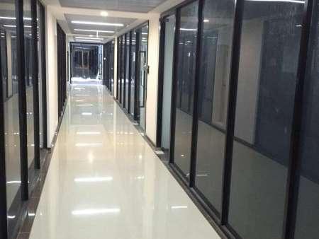 玻璃隔断单玻百叶隔断安装价格-玻璃隔断设计安装找哪家