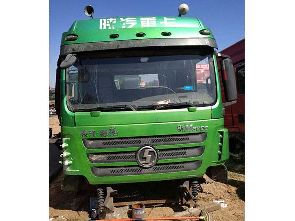 济南曼舟汽车配件价格公道的二手拆车驾驶室出售_大运重卡专卖