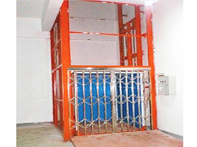 厂房简易货梯——想买口碑好的液压升降货梯,就来裕冠机械