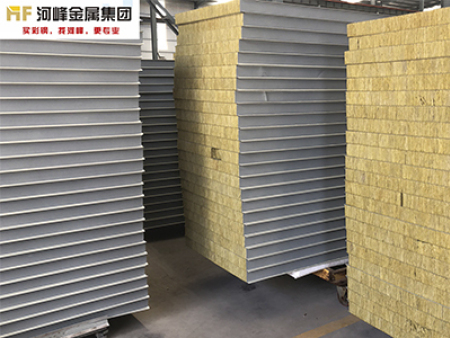 三明泡沫夹芯板-河峰金属进出口价格合理的彩钢板供应