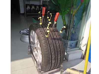 防扎自修复轮胎