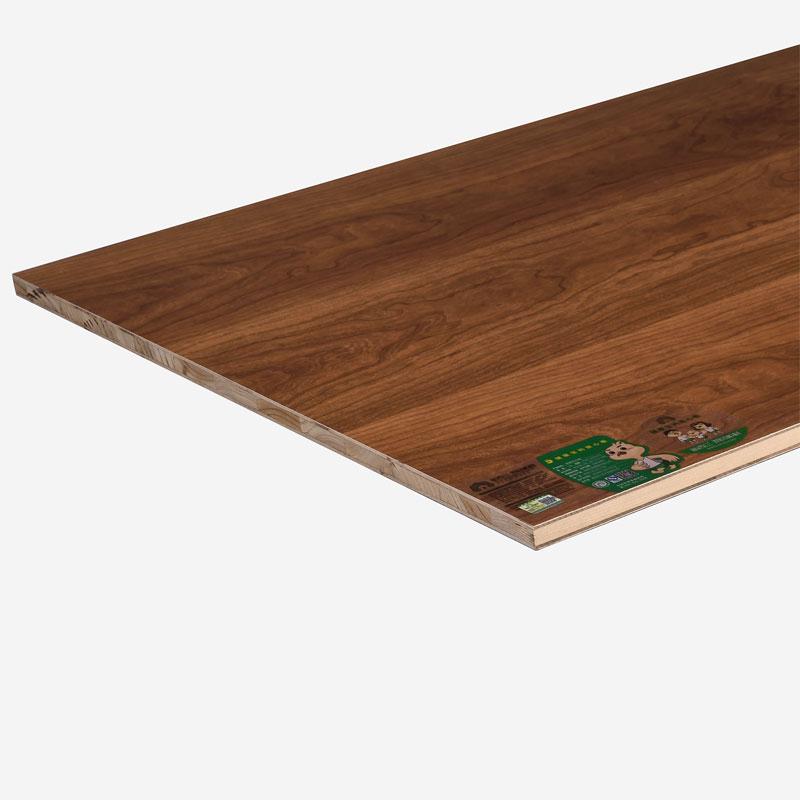 如何挑选生态板-哪儿?#26032;?#21697;牌好的生态免漆板