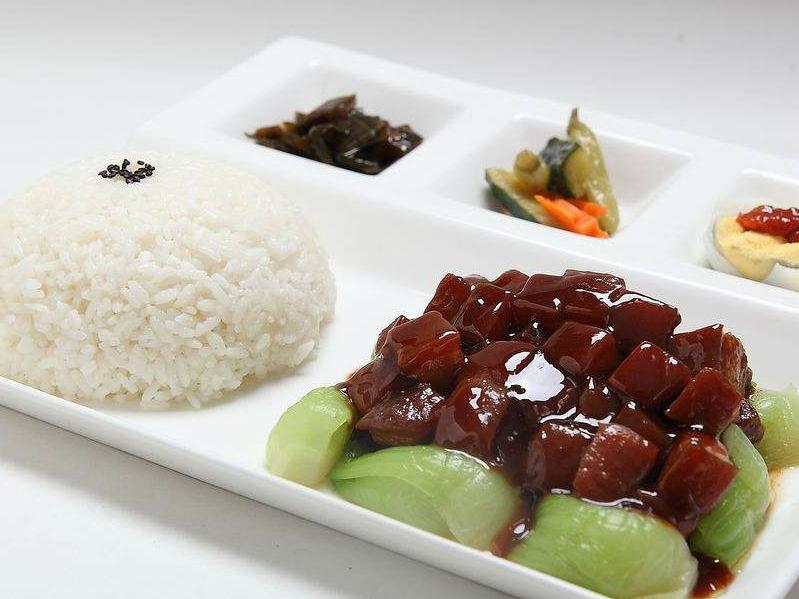 河南华百盛餐饮专业提供郑州卤肉饭培训-信阳卤肉饭培训