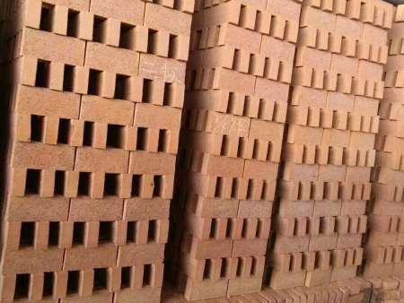 沈阳鼎盛建材专业供应工程红砖,价格实惠