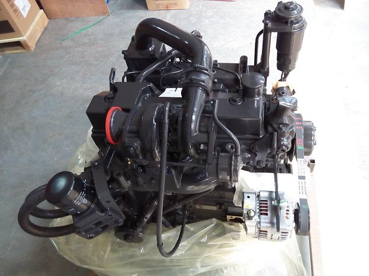 挖掘机XE80发动机