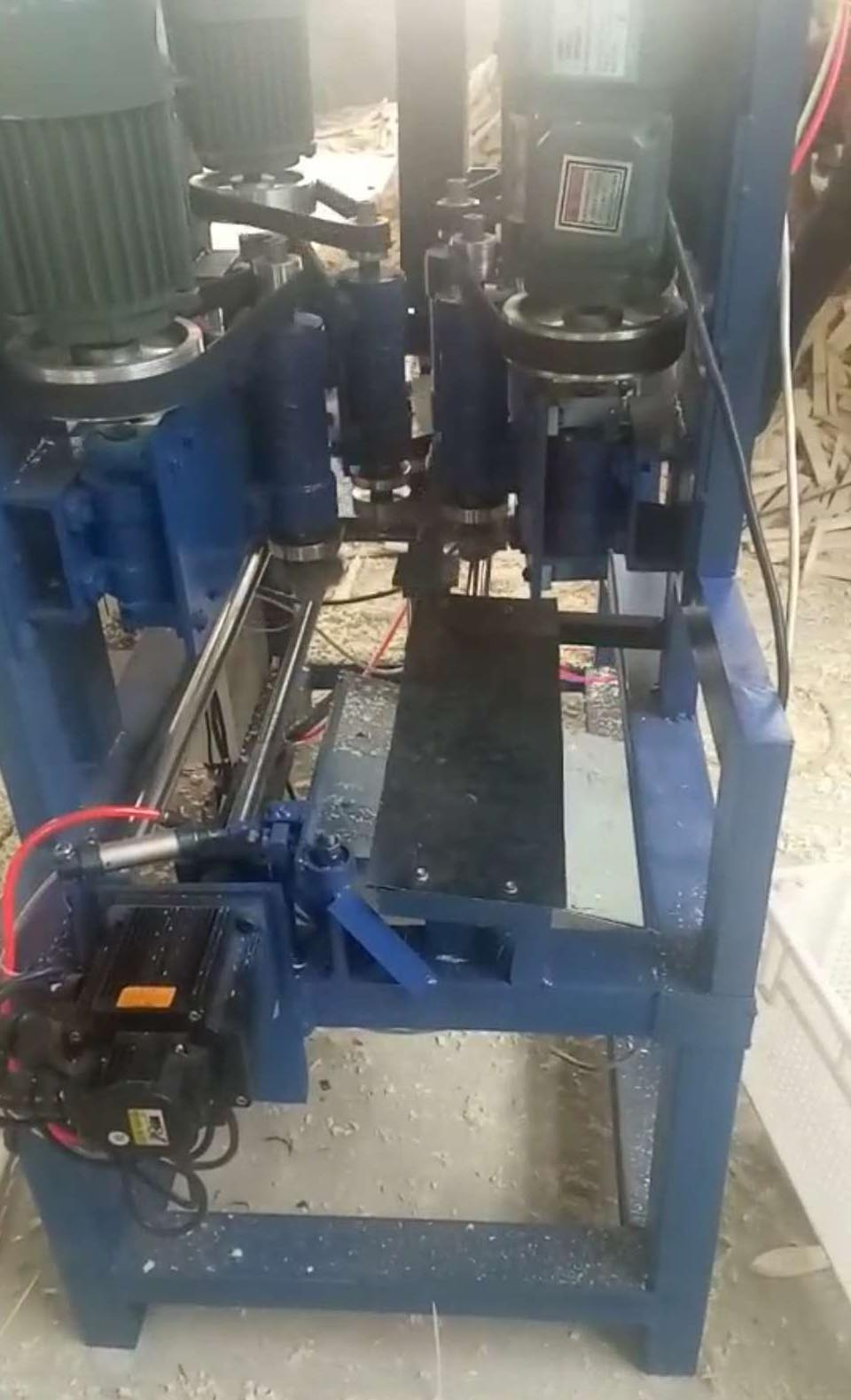 山东木工仿形铣机械哪家质量好 价位合理的全自动木梳开齿机械供销