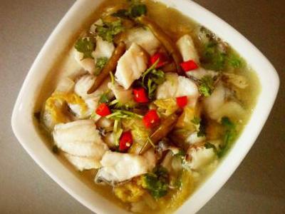 郑州酸菜鱼加盟培训 就选河南华百盛小吃学校