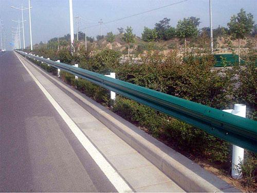 喷塑波形护栏品牌-供应常德高品质的喷塑波形护栏