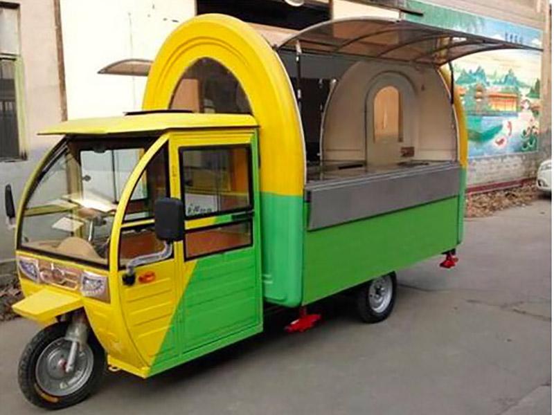 山東流動快餐車_吉光祥機械設備提供實惠的流動快餐車