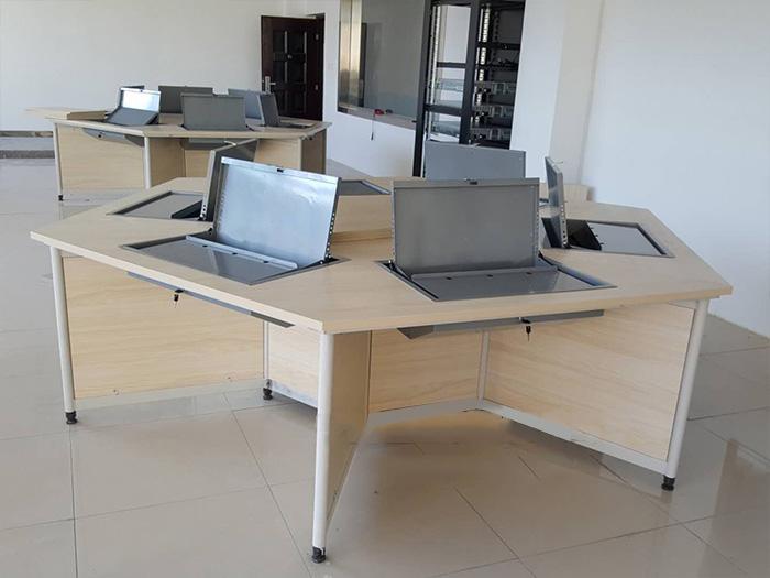 银川优良银川翻转电脑六角桌,认准宁夏金兰家具-兰州翻转电脑六角桌厂家