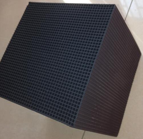 蜂窝状活性炭 方块 空气净化废气处理耐水型蜂窝活性炭 3mm