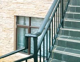 河池铝艺楼梯扶手_南宁华轩装饰提供的楼梯扶手好不好