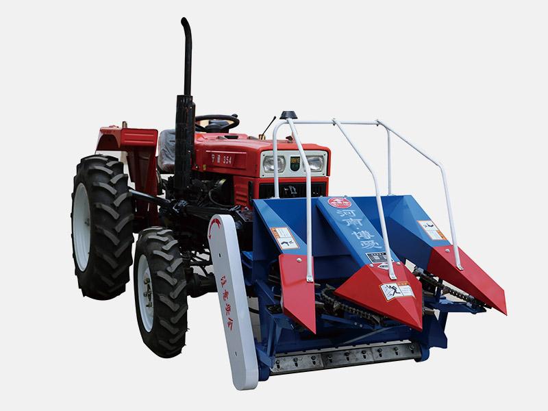 玉米收割机生产厂家|助农机械性价比高的玉米收割机出售