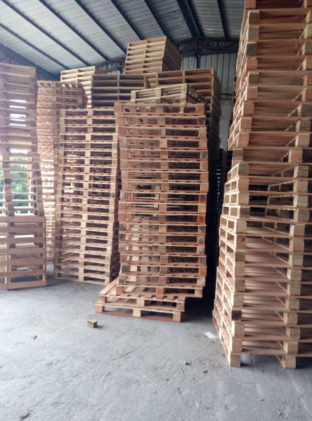 选质量好的实木卡板,就到荣丰木制品 托盘批发
