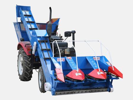 农民的好帮手——背负式玉米收获机