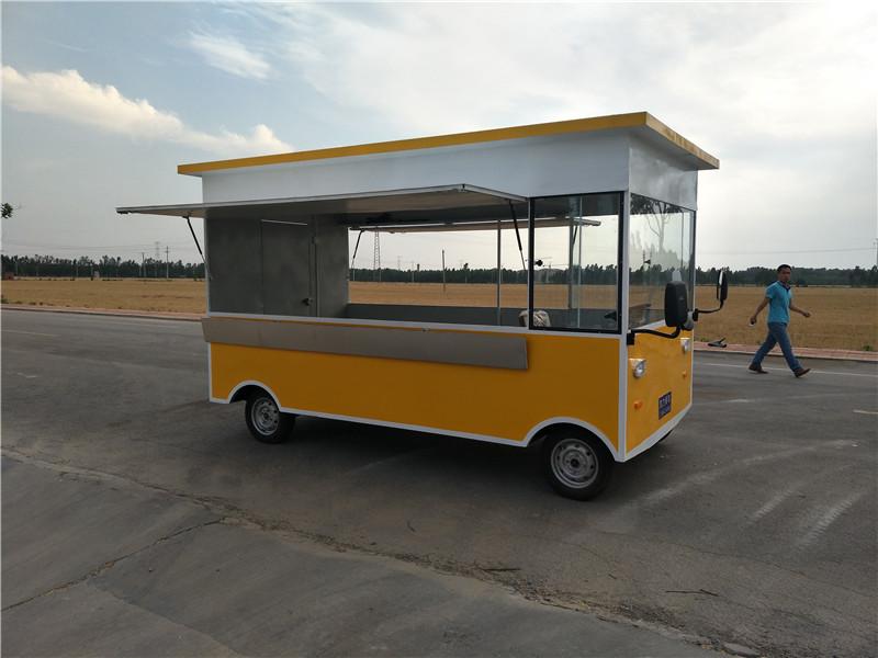实惠的德州麻辣烫流动餐车,山东的麻辣烫流动餐车供应