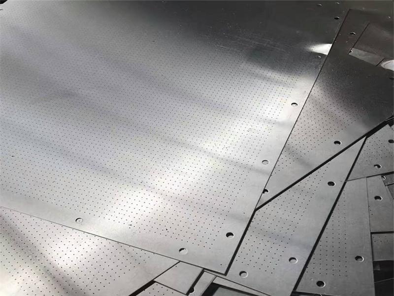 圆孔冲孔金属筛板--安平县万诺丝网