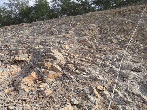斜坡边坡地质灾害防护主动网15131856266斜坡主动网