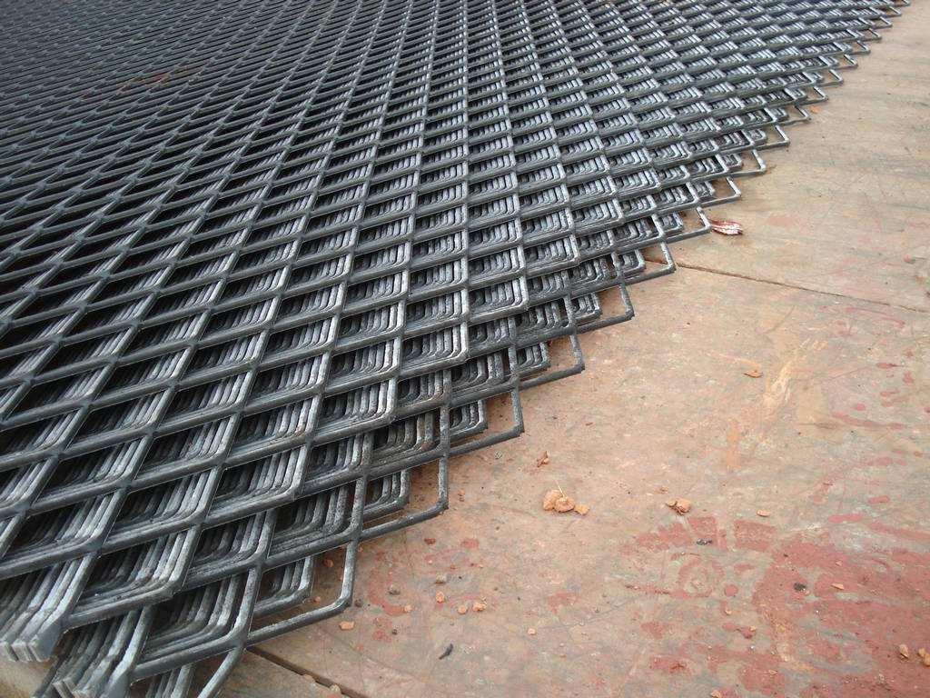 柳州不锈钢板筛网_广西优良钢板网供货商